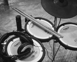 ローランド電子ドラムの画像